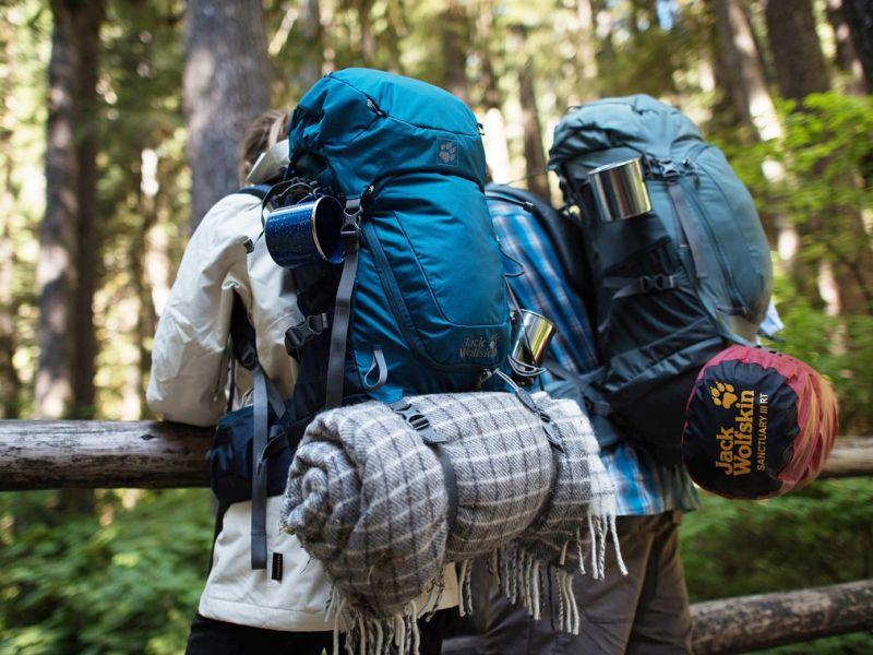 Mic! Mic! Mic! De ce prefer bagajul minimalist?