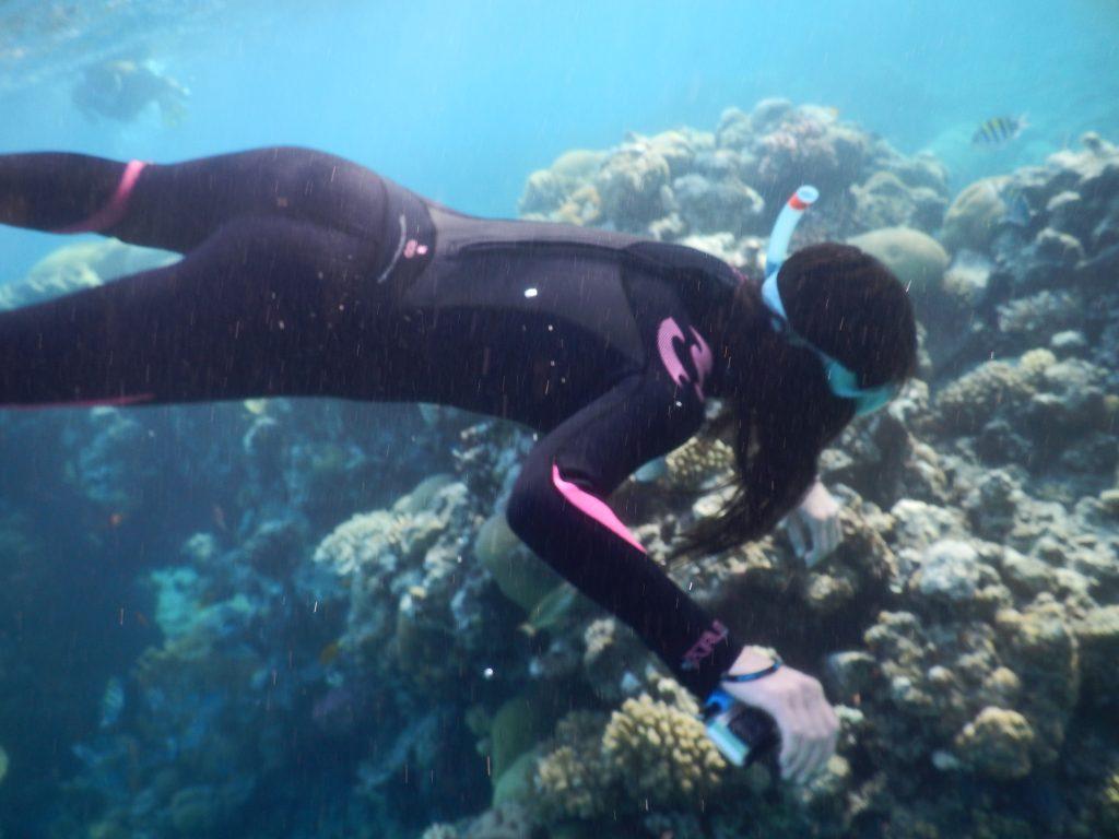 Explorare subacvatică a coralilor
