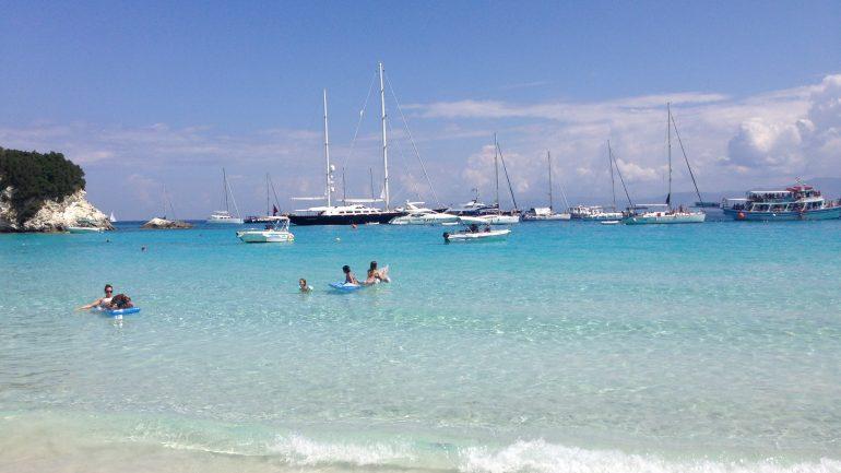 Snorkeling si scufundari subacvatice in Antipaxos Grecia