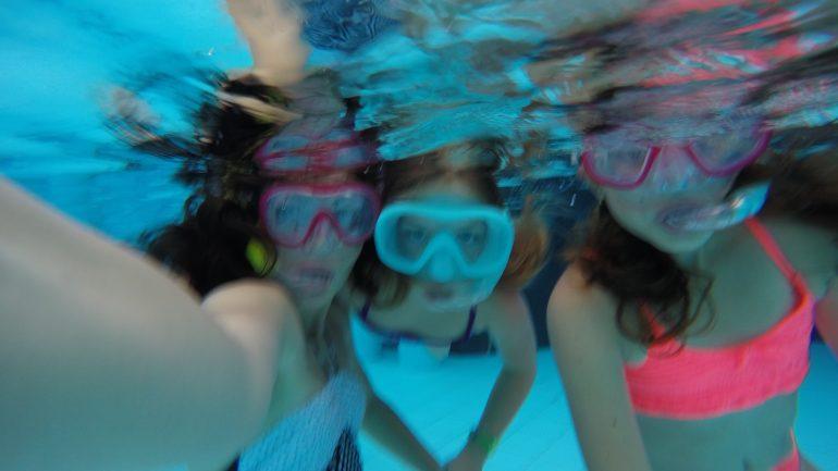 Selfie-uri subacvatice – Trendul pitzi-tech al anului 2019