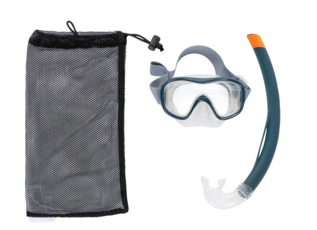 pament snorkeling